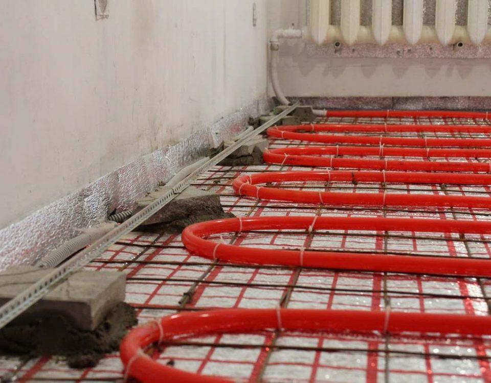 Выгодное, эффективное и популярное решение – водяной теплый пол